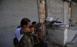 Les rebelles syriens contrôlent près des deux-tiers d'Alep, deuxième ville de Syrie où se déroule une bataille décisive pour le régime, a affirmé mardi à l'AFP le chef du conseil militaire rebelle de la province d'Alep, une annonce démentie par une source de sécurité.