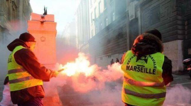Marseille : L'envoi par la mairie de matériels humanitaires en Tunisie vire à l'altercation avec des dockers