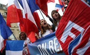 Le défilé du Front National le 1er mai 2014 à Paris