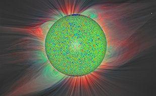La surface solaire et son champ magnétique, à partir des données du satellite SDO de la NASA.