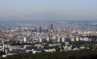 Pour les jeunes cadres et jeunes diplômés, la région Rhône-Alpes est celle qui concilie le mieux dynamisme économique et qualité de vie pour les jeunes cadres et jeunes diplômés, sa capitale Lyon étant aussi considérée comme l'agglomération la plus attractive, selon un sondage de l'Apec publié mercredi.