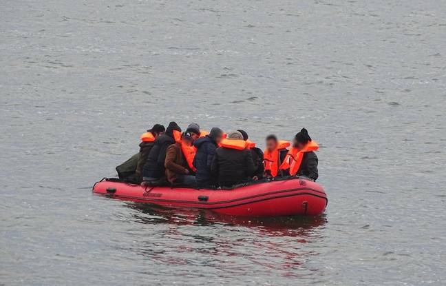 648x415 seule journee mercredi 36 migrants secourus manche illustration