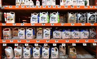 Des bidons de Roundup dans un magasin en Californie (image d'illustration).