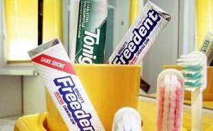 Illustration. Chewing gum Freedent. Mars Wrigley