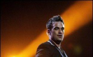 Le chanteur britannique Robbie Williams a été admis mardi dans un centre de désintoxication aux Etats-Unis pour traiter une dépendance aux médicaments, a indiqué sa porte-parole à Londres.