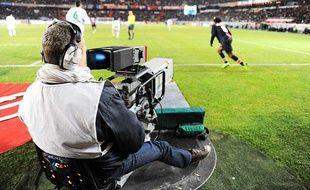 Une caméra filme le match entre Paris et Wolfsburg, en février 2009, au Parc des Princes.
