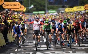 Caleb Ewan remporte sa seconde étape sur ce Tour 2019.