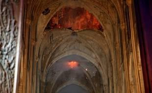 Les flammes ont détruit une partie de la charpente de la cathédrale Notre-Dame, touchée par un incendie, le 15 avril 2019.