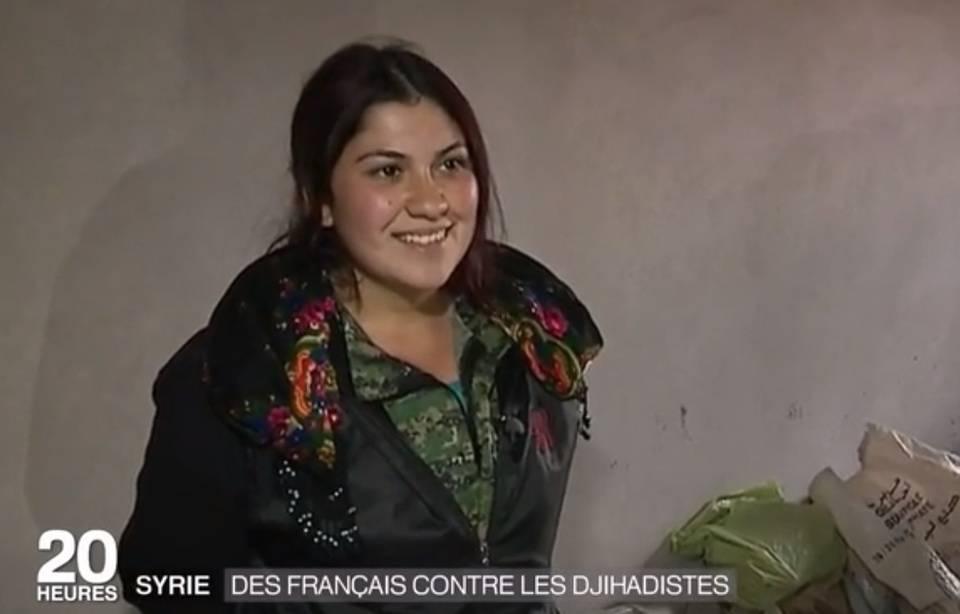 960x614_ebru-firat-lors-reportage-france