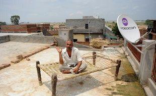 Un habitant du village, le 19 juillet 2011.