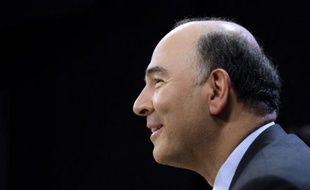 """Pierre Moscovici, directeur de campagne de François Hollande, assure que les mesures-phares du candidat socialiste à l'Elysée comme les 60.000 postes dans l'Education et le retour à 3% de déficit en 2013, """"ne sont pas remises en cause"""", dans un entretien à paraître mardi dans Direct Matin."""