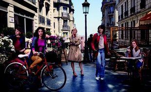 Zabou Breitman, Valéria Bruni-Tedeschi, Anaïs Demoustier, Naidra Ayadi et Lou Roy-Lecolline, héroïnes de la nouvelle série Canal+ «Paris, etc.»