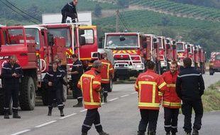 Quelque 510 pompiers sont mobilisés dans l'Aude pour lutter contre un incendie ayant détruit environ 900 hectares de pinèdes.