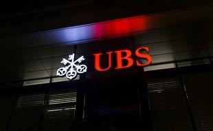 La banque suisse, basée à Zurich et Bâle, a pris des mesures pour informer les clients concernés par cette procédure et sur leurs droits