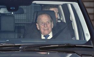 Le prince Philip, époux de la reine Elisabeth II, arrive au lunch de Noël de Buckingham Palace.