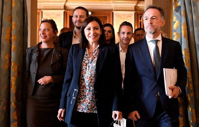 Elections municipales à Paris: «Nous serons là», promet Anne Hidalgo officiellement élue maire