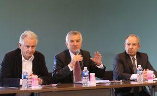 De gauche à droite: Raymond Girardi, président des Coteaux et Landes de Gascogne, Pierre Camani, président du conseil départemental du lot-et-Garonne et Jean-Michel Klot, DGA de Pierre et Vacances Développement
