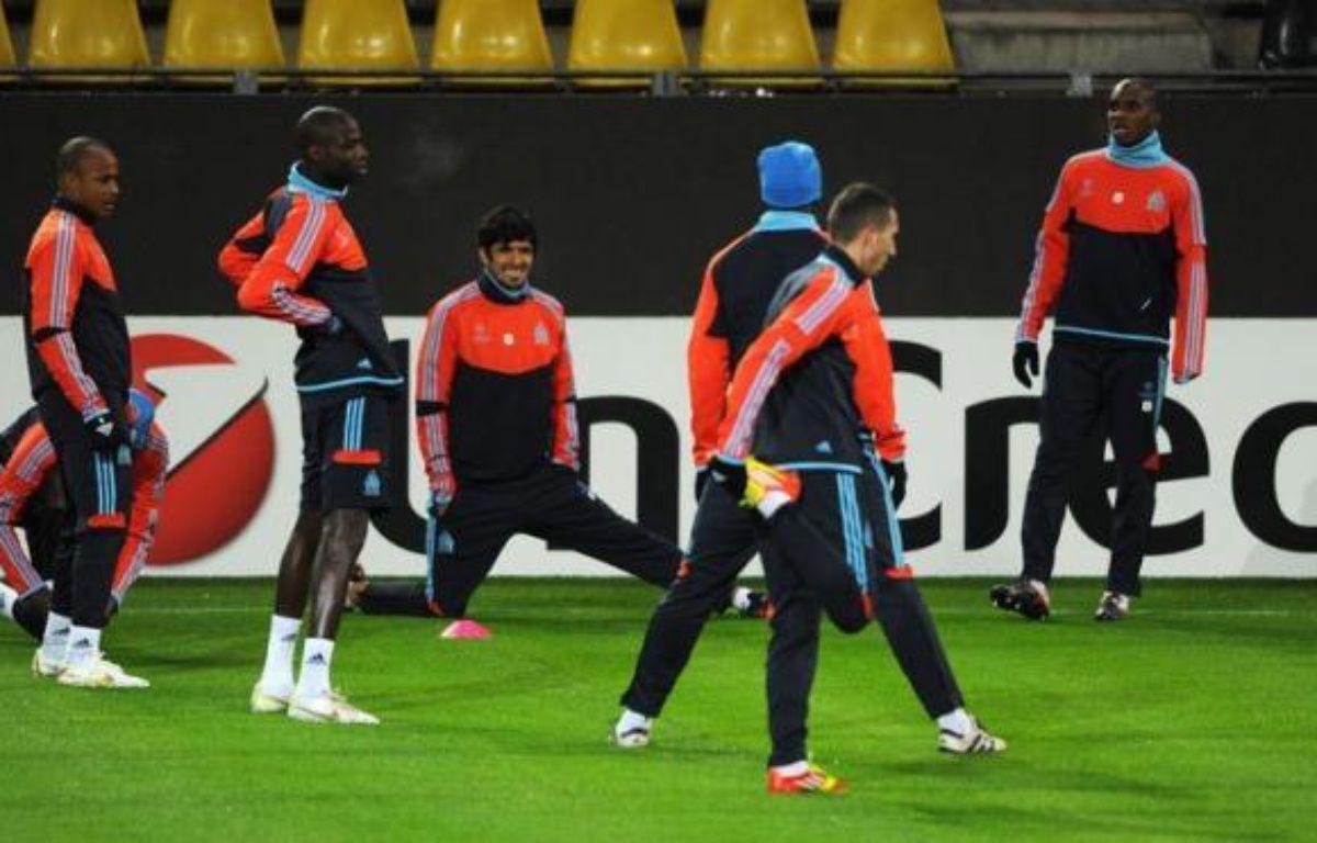 Marseille qui aurait pu assurer son avenir européen lors de la précédente journée mais s'est incliné contre l'Olympiakos, jouera à quitte ou double mardi à Dortmund, sa qualification pour les 8e de finale de la Ligue des champions. – Patrik Stollarz afp.com