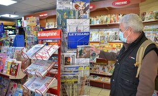 Un kiosque à journaux (illustration).