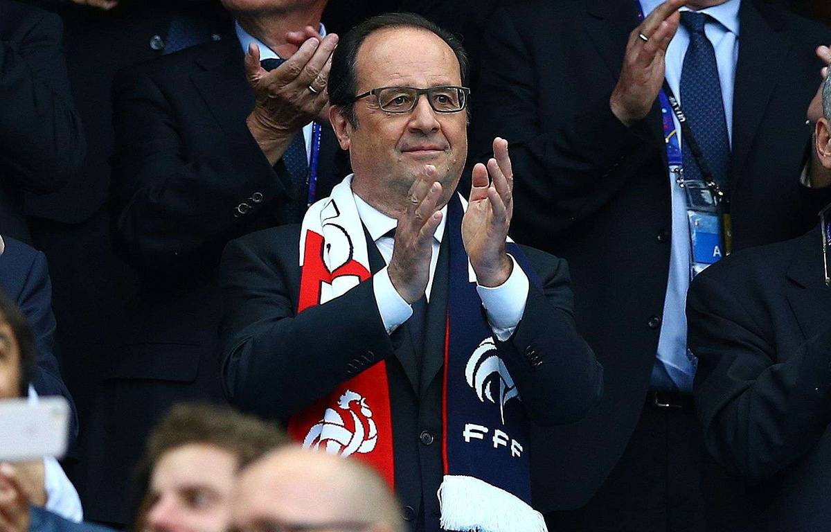 François Hollande pendant France-Roumanie au Stade de France, le 10 juin 2016. – BPI/Shutterstock/SIPA