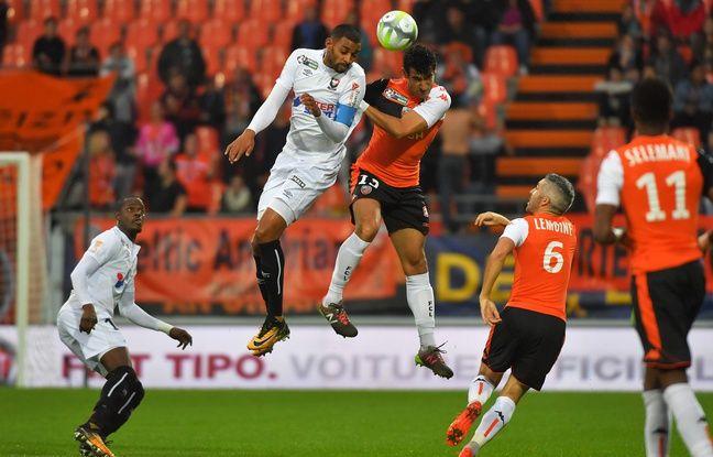 VIDEO. Strasbourg: «Très content» à Lorient, Felipe Saad sait que «le cordon n'est pas coupé» entre lui et le Racing