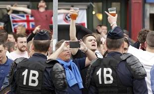 Des supporters anglais sur des terrasses de bars à Lille (illustration).