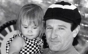 L'acteur Robin Williams, aux côtés de sa fille, Zelda, au début des années 1990.