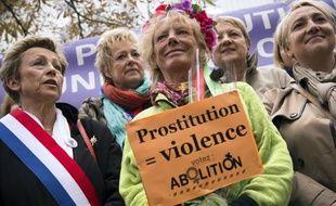 L'ancienne prostituée Rosen Hicher (c) lutte contre la prostitution, le 12 octobre 2014 à Paris