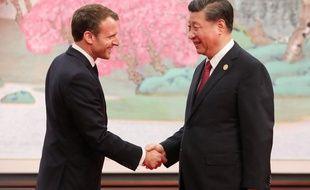 Le président chinois Xi Jinping et Emmanuel Macron à Shanghai, le 5 novembre 2019.