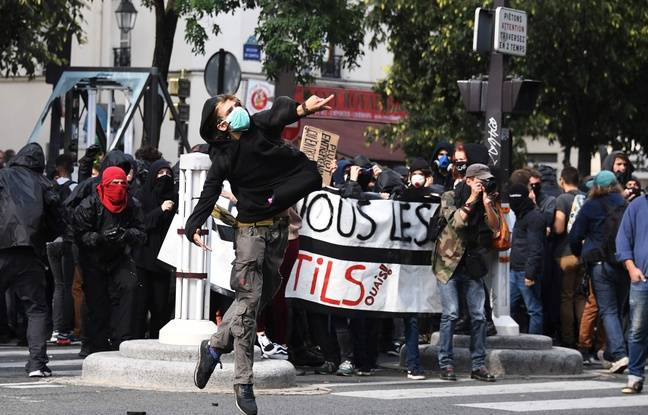 Les détracteurs de la réforme du code du travail tentent de peser dans la rue