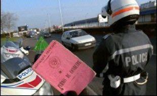 """Le délégué interministériel à la sécurité routière, Rémy Heitz, a indiqué dimanche que des """"aménagements du permis à points"""", pour le rendre """"plus juste"""", étaient à l'étude."""