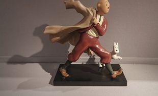 Illustration d'une statuette de Tintin et Milou, ici dans lors d'une vente aux enchères à Paris.