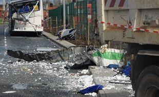 Six adolescents ont perdu la vie dans un accident de la route à Rochefort, jeudi matin.   / AFP / XAVIER LEOTY