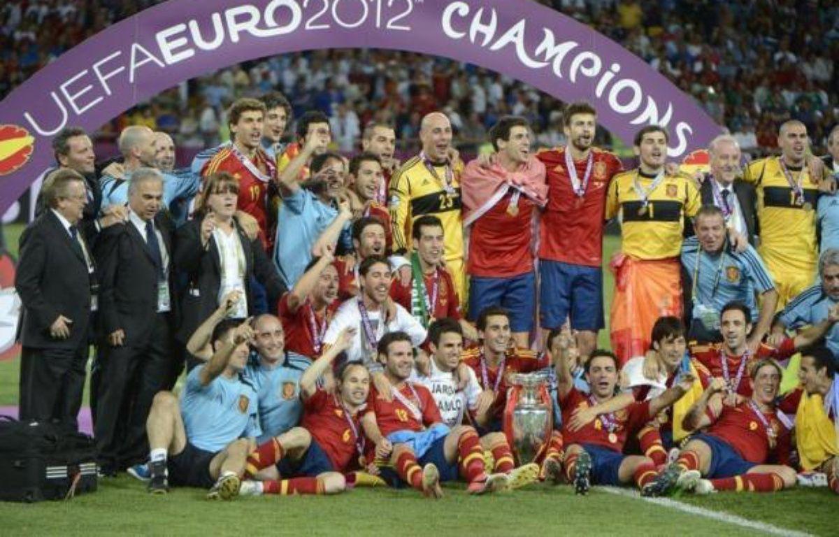 0H25 - FIN DE NOTRE DIRECT - L'Espagne bat l'Italie 4-0 en finale de l'Euro et conserve son titre. La Roja réalise un triplé inédit Euro-Mondial-Euro. – Pierre-Philippe Marcou afp.com