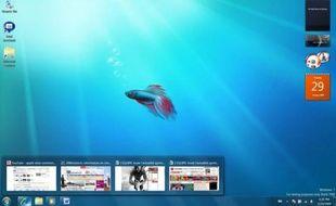 Le bureau de Windows 7, avec l'aperçu des fenêtres au-dessus de la barre des tâches