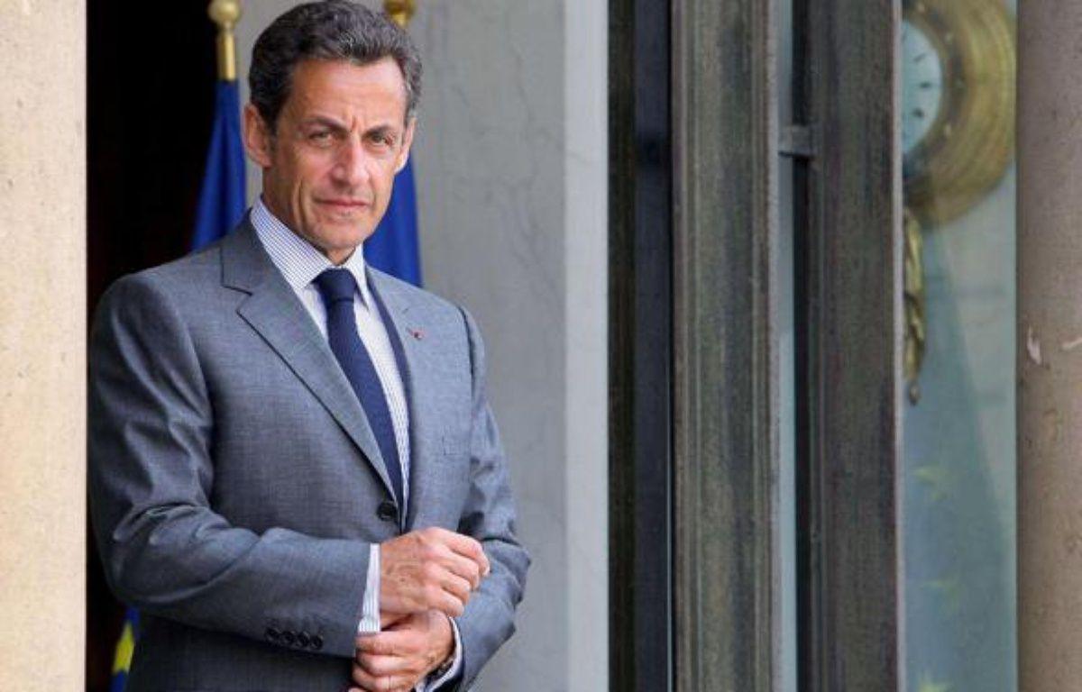 Nicolas Sarkozy sur le perron de l'Elysée, le 25 mai 2010, à Paris – J.BRINON/SIPA