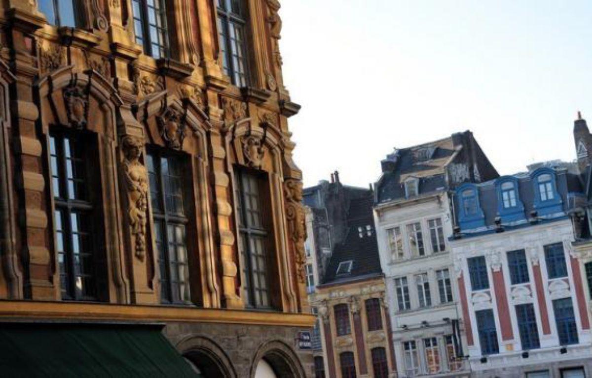 Le nombre de transactions de logements anciens en France a battu, avec un total de 858.200, un record absolu en 2011, ont annoncé jeudi les notaires de France. – Philippe Huguen afp.com