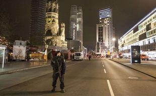 Un policier à Berlin, le 19 décembre 2016.