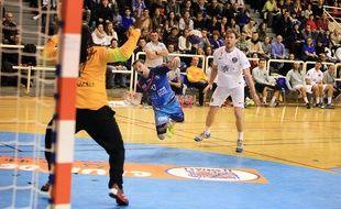 L'ESSAHB d'Arnaud Freppel a tenu le choc face au PSG en 16e de finale de Coupe de France. Les Bas-Rhinois s'inclinent (24-31).