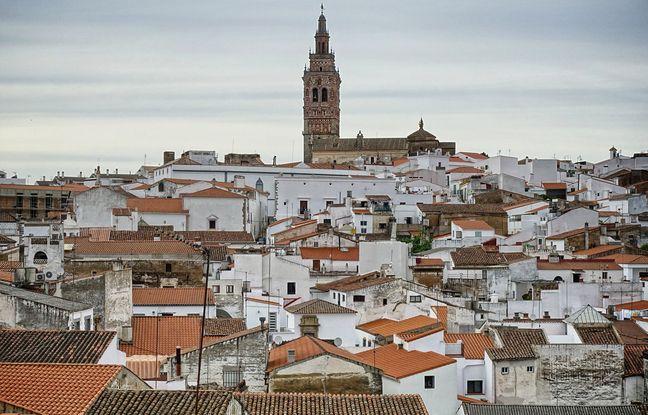 L'église San Bartolomé domine les rues de Jerez de los Caballeros, chères aux conquistadores Balboa et de Soto.