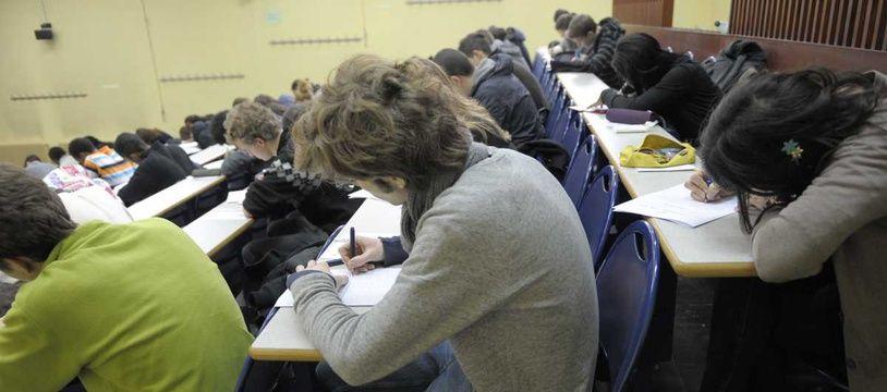 Des étudiants (Illustration).