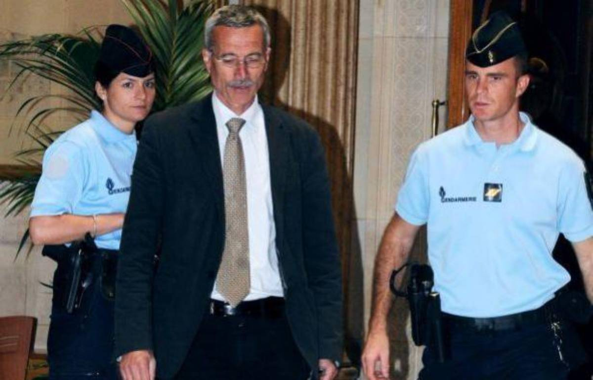 Le juge Renaud van Ruymbeke arrive au tribunal de Paris, le 16 mai 2011. – M.FEDOUACH / AFP