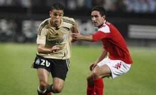 Le footballeur marseillais Hatem Ben Arfa (à gauche) face à Brann Bergen au tour préliminaire retour de la Ligue des Champions le 27 août 2008.