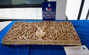 Deux bas reliefs en provenance de Syrie ont été saisis par les douanes françaises.