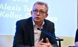 Le secrétaire général du Parti communiste Pierre Laurent à Paris le 11 mars 2016