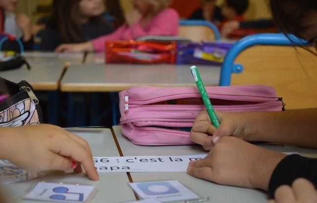 En guise de deuxième étape de la Twictée, les élèves doivent corriger les erreurs des phrases envoyées via Twitter à travers des twoutils imagés.