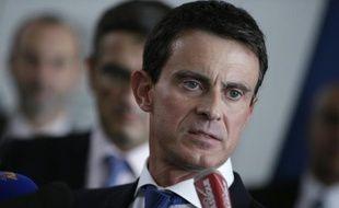 Manuel Valls au siège d'Air France le 6 octobre 2015 à Roissy-en-France