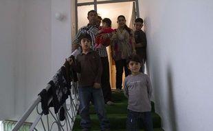 Leonarda Dibrani et sa famille, à Mitrovica (Kosovo), le 16 octobre 2013.