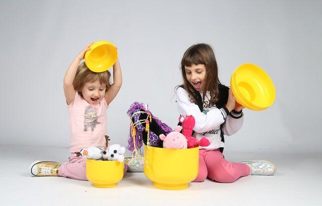 Lancée en avril 2014 par un père de famille, la chaîne YouTube « Studio bubble tea », dédiée l'unboxing de jouets, totalise… 220 353 861 vues.