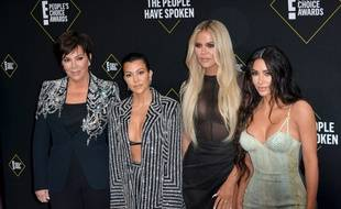 La matriarche du clan, Kris Jenner, et ses filles Kourtney, Khloe et Kim Kardashian